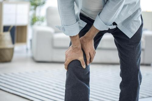 Pain In The Knees When Walking Down Stairs Or Climbing Stairs