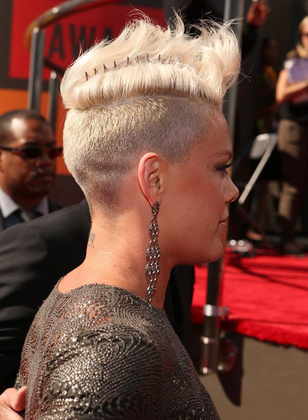 Pink 2012 MTV Video Music Awards Red Carpet Fashion Awards