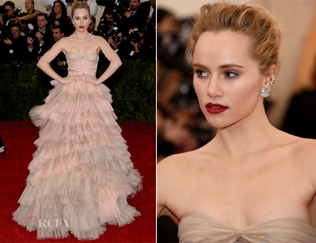 Suki Waterhouse In Burberry - 2014 Met Gala