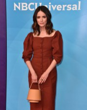 Abigail Spencer In SEA New York