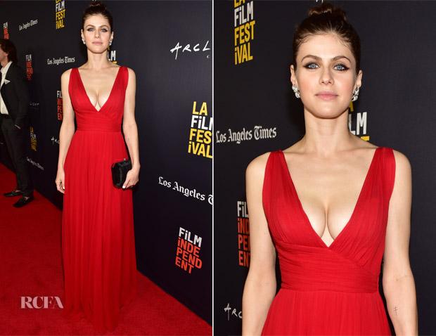 Alexandra daddario dress