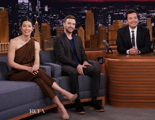 Jessica Biel In Max Mara & Justin Timberlake In Salvatore Ferragamo  - The Tonight Show Starring Jimmy Fallon