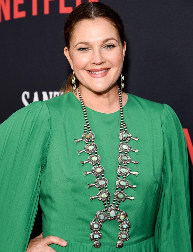 Drew Barrymore In SemSem 'Santa Clarita Diet' Season 3 Premiere