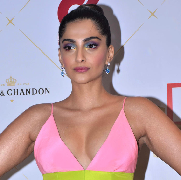 Get The Look: Sonam Kapoor's Hello Hall Of Fame Awards Colourful Eye Makeup