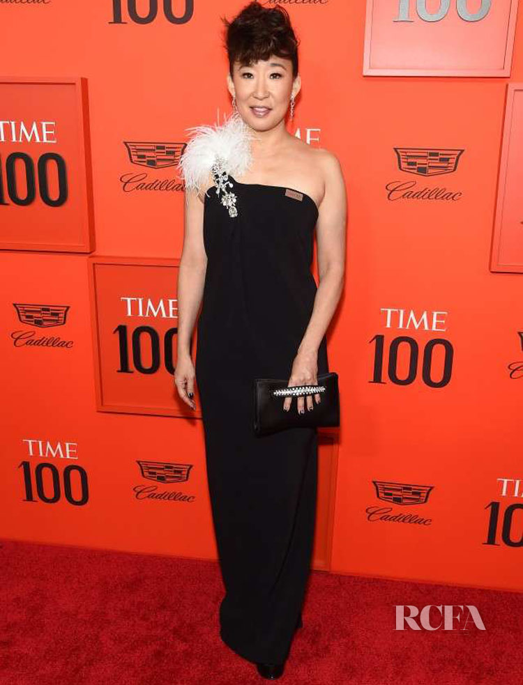 Sandra Oh In Oscar de la Renta - TIME 100 Gala