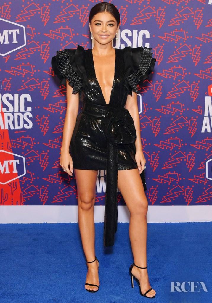 2019 CMT Music Awards Red Carpet Roundup