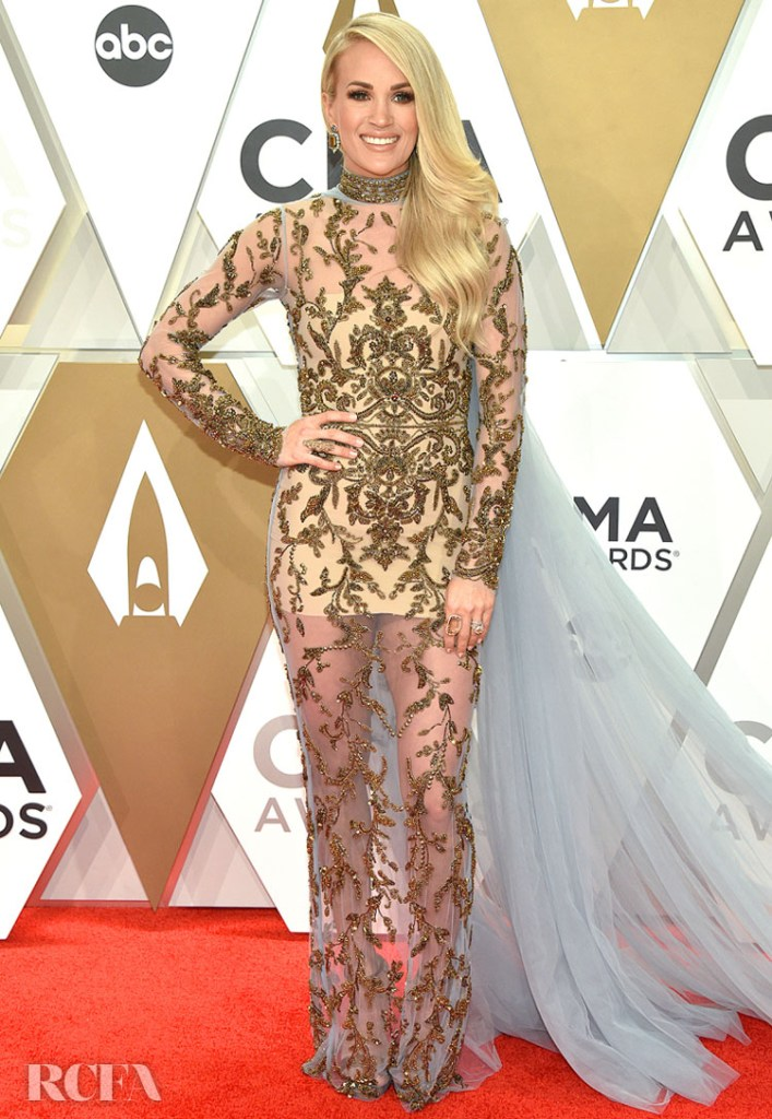 Carrie Underwood in Yas Couture by Elie Madi - 2019 CMA Awards