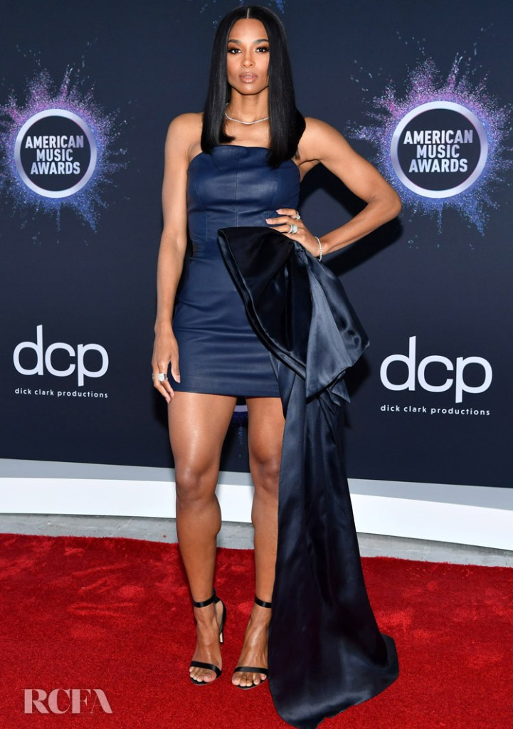 Ciara Gives Aliétte It's Red Carpet Debut At The 2019 American Music Awards Press Day