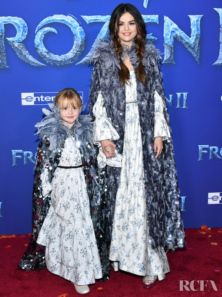 Selena Gomez Was Twinning In Marc Jacobs With Her Sister For The 'Frozen 2' LA Premiere
