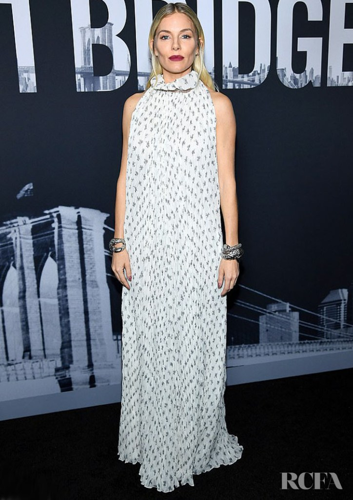 Sienna Miller In Chloe - '21 Bridges' New York Screening