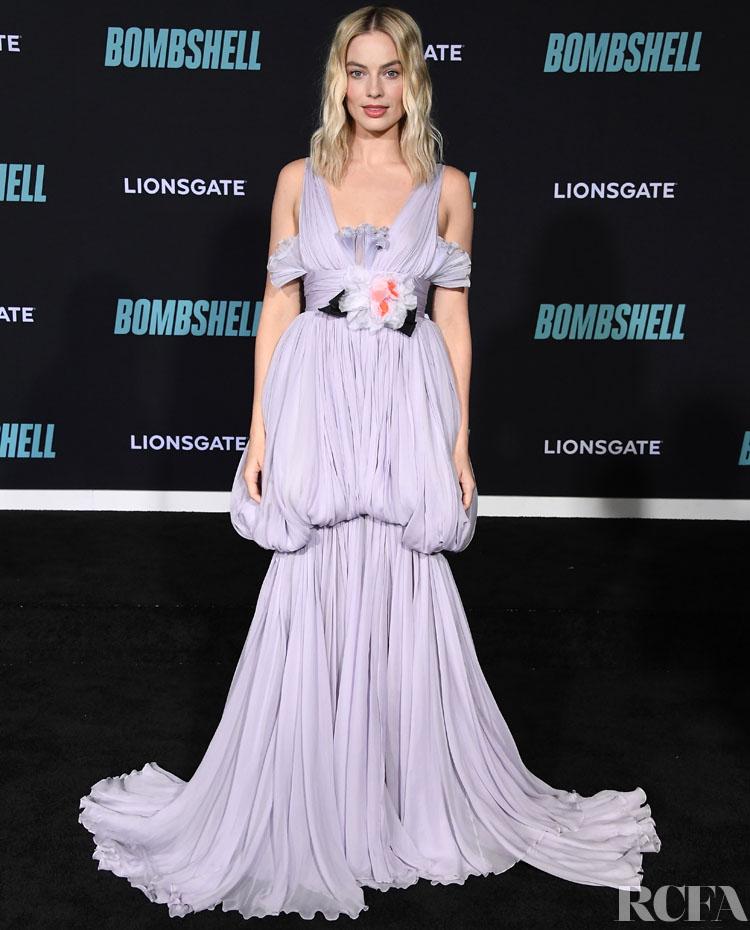 Margot Robbie Wore Giambattista Valli Haute Couture To The 'Bombshell' LA Screening