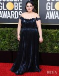 Beanie Feldstein In Oscar de la Renta - 2020 Golden Globe Awards