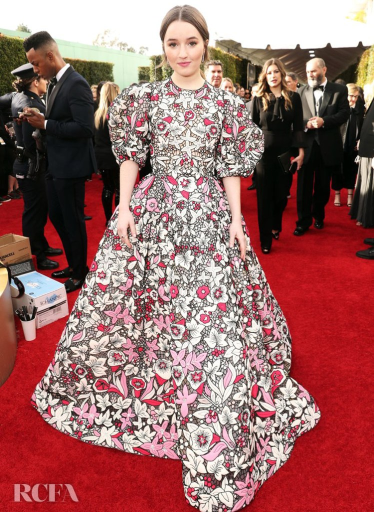 Kaitlyn Dever In Valentino Haute Couture - 2020 Golden Globe Awards