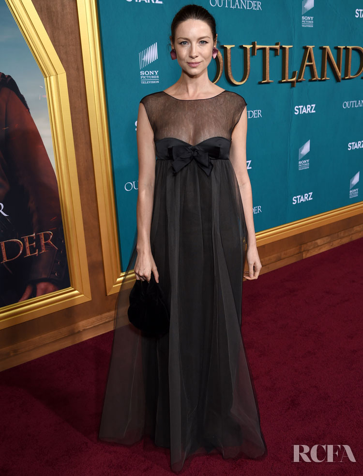 Caitriona Balfe Wore Vintage Chanel To The 'Outlander Season 5 Premiere