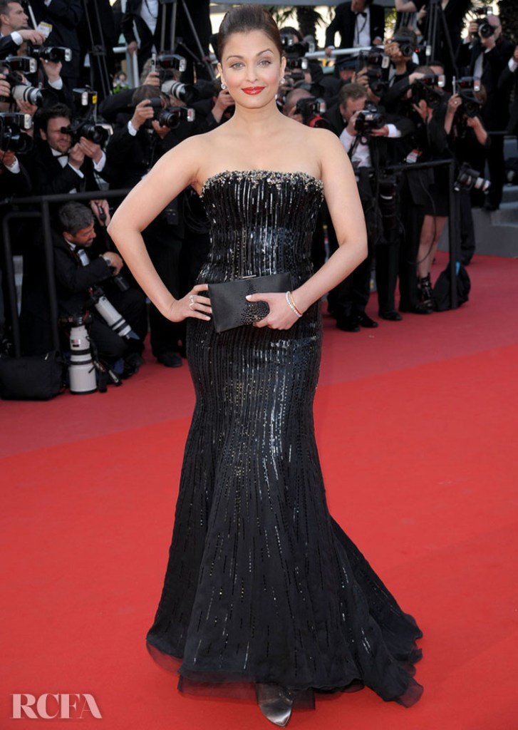 Aishwarya Rai 2010 'On Tour' Premiere in Armani Prive