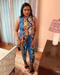 Mindy Kaling Wore Twin Fantasy For Thanksgiving Weekend