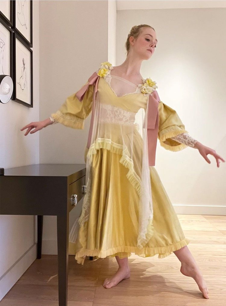 Elle Fanning's Countdown To The Globes