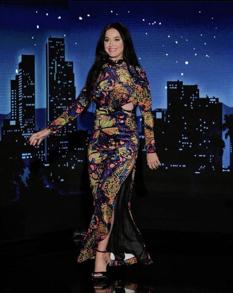 Katy Perry, Katy Perry Jimmy Kimmel, Jimmy Kimmel Live, Katy Perry Butterfly Dress, Katy Perry Dundas, Dundas, Dundas Fall 2020,
