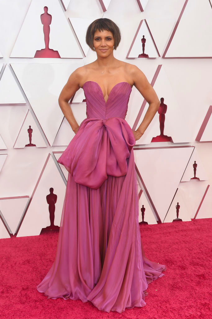 Halle Berry Wore Dolce & Gabbana To The 2021 Oscars