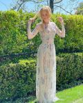 Nicole Kidman Wore Armani Prive To The 2021 SAG Awards