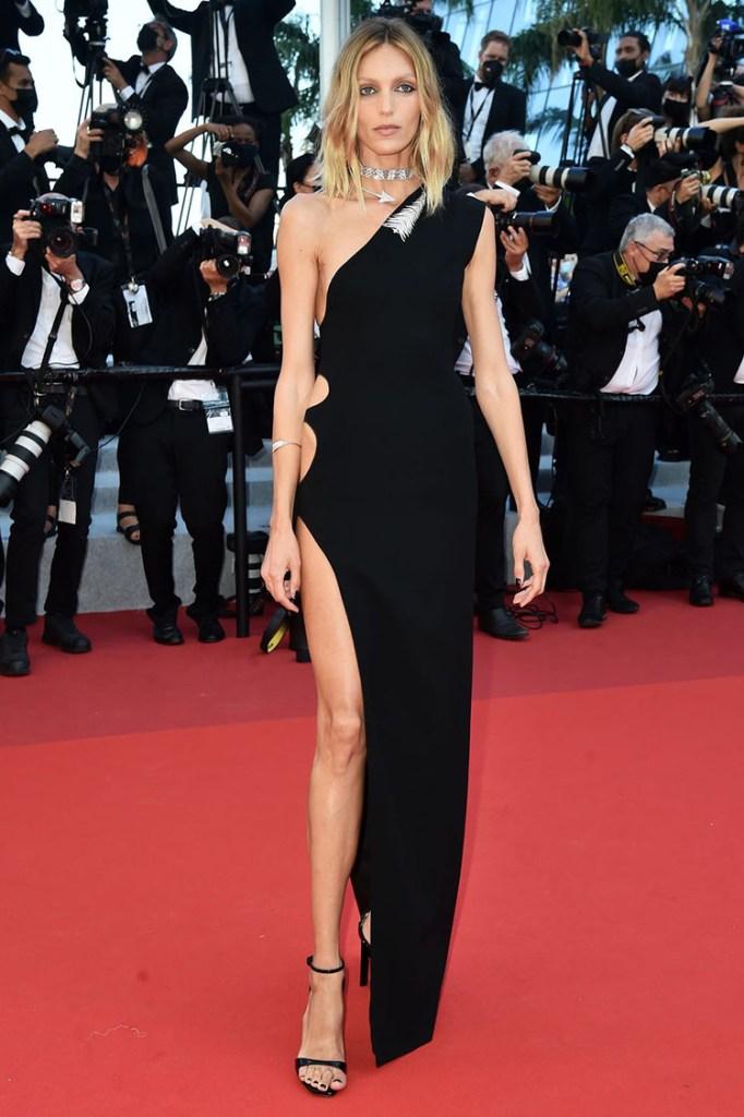 Anja Rubik in Saint Laurent - Cannes Film Festival