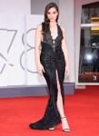 Hailee Steinfeld Wore Armani Prive To The 'Competencia Oficial' Venice Film Festival Premiere