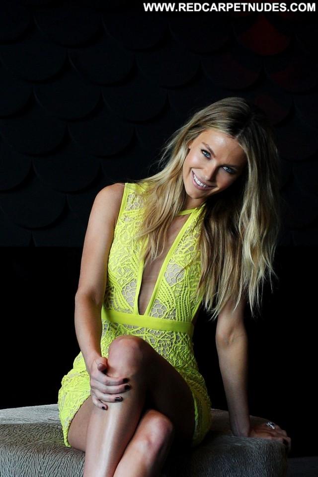 Jennifer Hawkins Australia High Resolution Model Beautiful