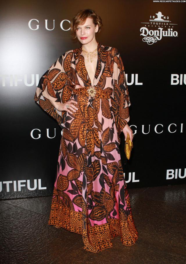 Milla Jovovich Los Angeles Celebrity Babe Beautiful High Resolution