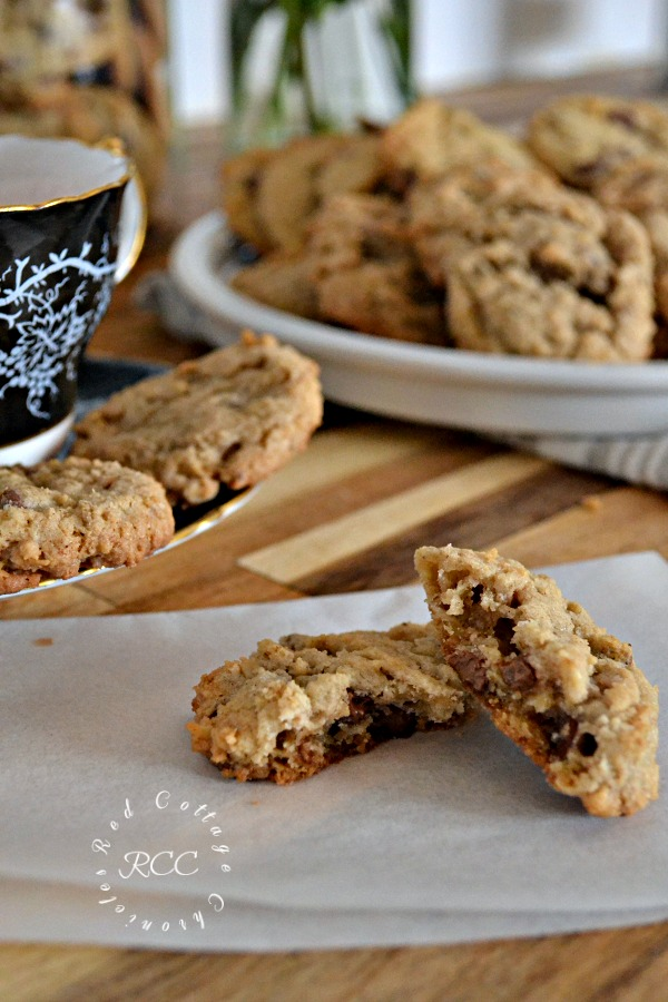 Oatmeal Chocolate Chip Cookies Perfect After School Treat