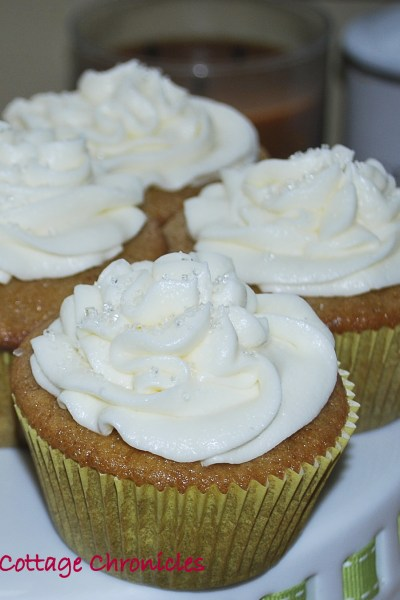 Apricot cupcakes with icewine frosting