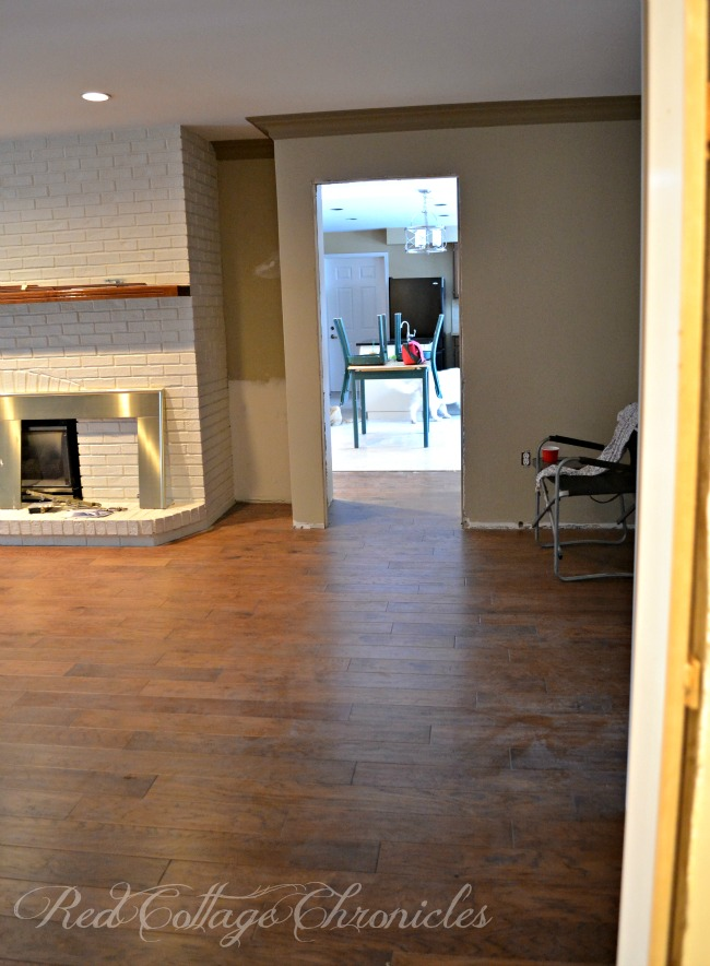 Easy access from the kitchen to the family room