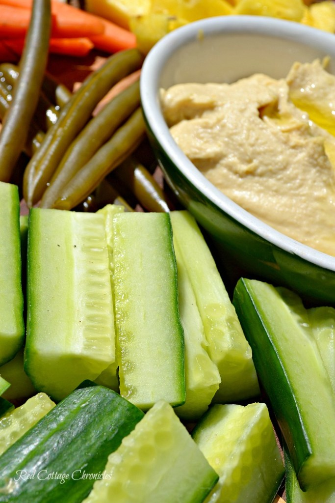 veggie board makes a healthy snack