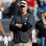 Houston Fires Major Applewhite after 2 Seasons