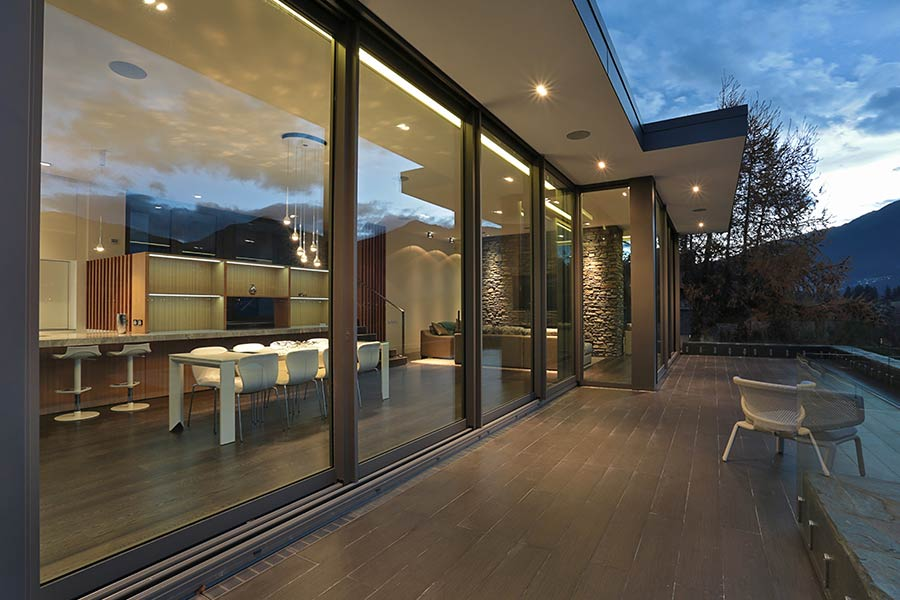 are patio doors with built in blinds