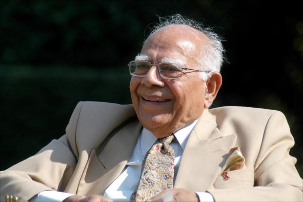 """Ram Jethmalani approaches the Supreme Court on the Karnataka Governor's exercise of Constitutional Powers"""