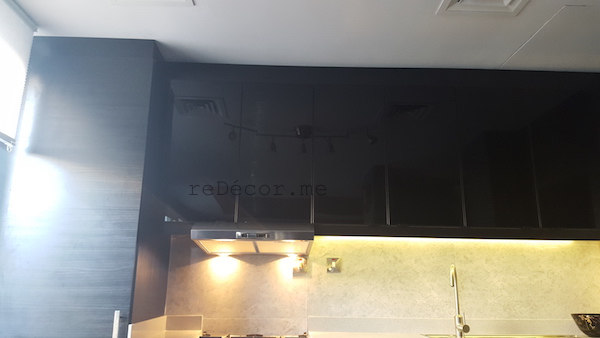ceramic tile, black kitchen remodelling, Springs dubai, grey work top, built in range hood , design consultation