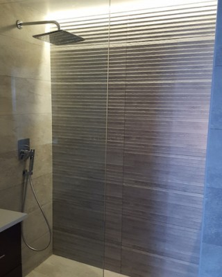 bathroom remodelling, fit out works on Dubai, design, walk in shower, modern bathroom, renovations by erika pace