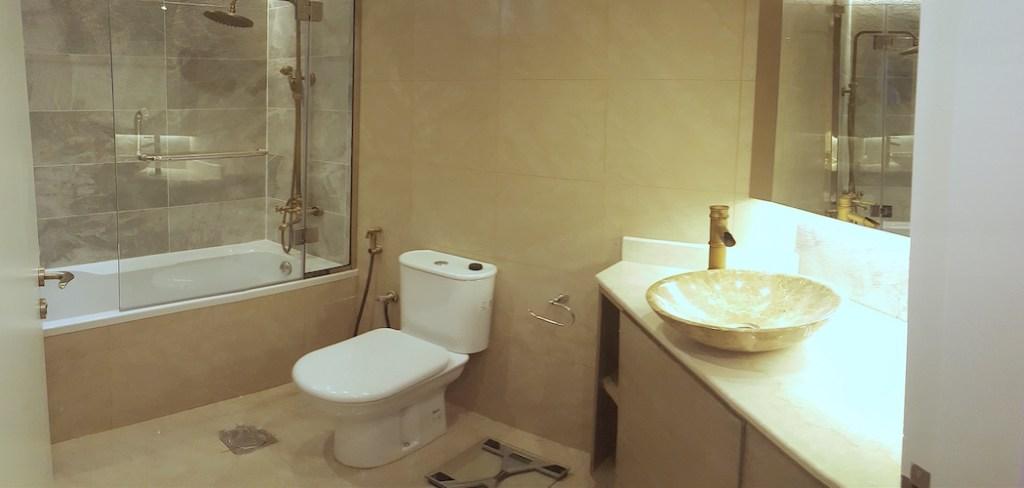 Interior designer and home stylist dubai, dubai home renovations in dubai marina, springs motorcity bathroom design, kitchen decor, home spa jacuzzi home styling, kids room interiors, bathroom lighting