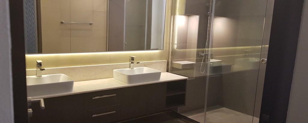 Home decor and styling in Dubai, bathroom renovations jvc, springs, sports city, interior designer, walk in shower, modern bathroom design