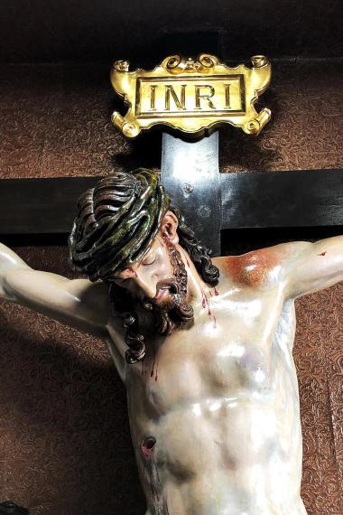 Nuevo INRI para el Señor de la Redención