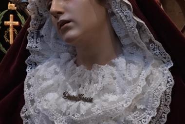 Nuestra Madre ataviada para Corpus Christi