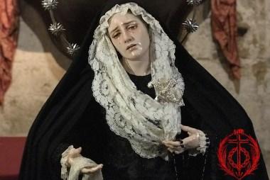 Nuestra Madre ataviada para la festividad de Todos los Santos y los Fieles Difuntos