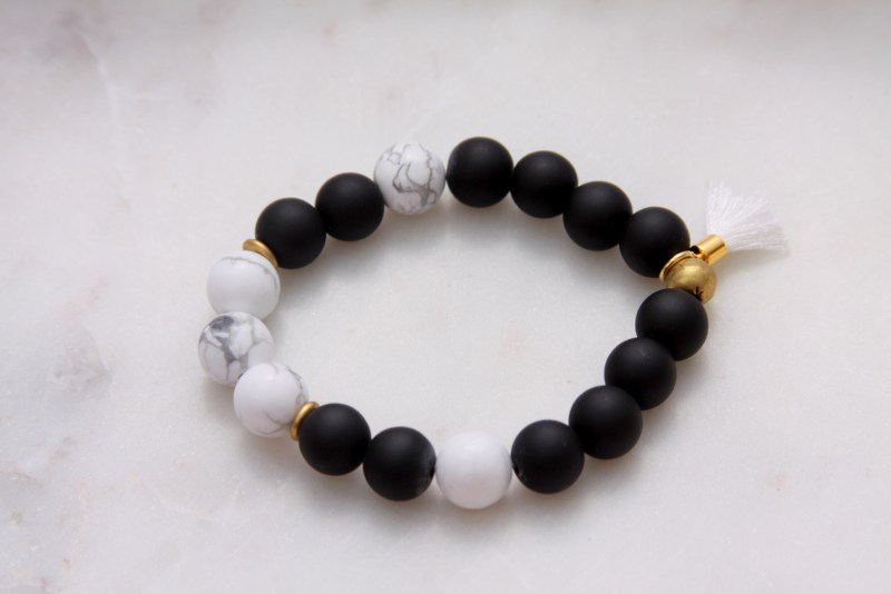 black onyx and howlite gemstone bracelet