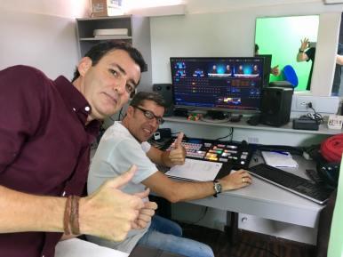 El autor y Juan en la consula