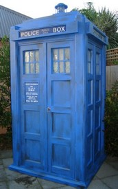 tardisgardensheds small Tardis Garden Sheds   outwitting snails one space warp continium at a time