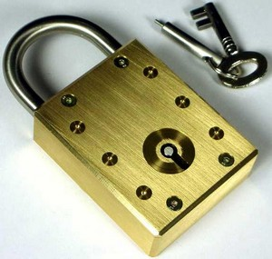 impossiblelock small Impossible Lock   puzzle and security in one brass package