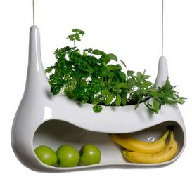 Cocoon – Grow and store veggies in style