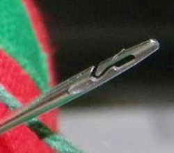 Spiral Eye Needles – awesome invention lets you thread a needle with your eyes closed