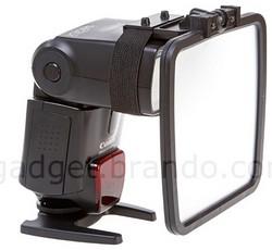 Flexible All Round Flash Reflector- Bolt-on flash diffuser for your flashgun