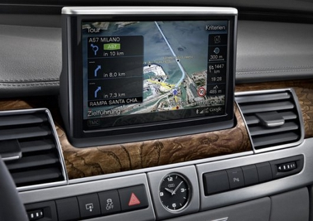Audi A8 – Luxury goes high-tech